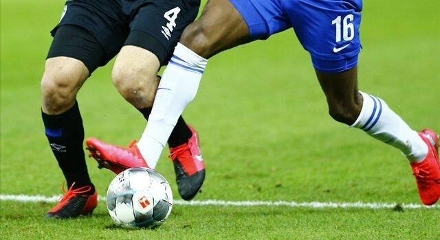 Bundesliga'dan flaş karar! Futbolcuları sahaya maskeyle çıkaracaklar